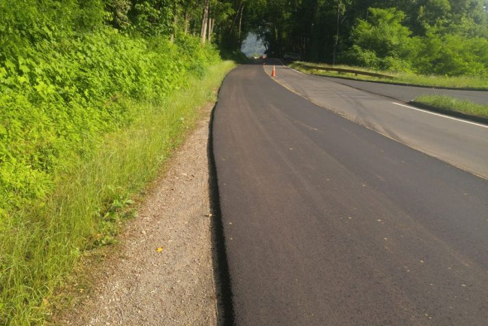 Construction company repaving the Newfound Gap Road for their Newfound Gap Rehabilitation project
